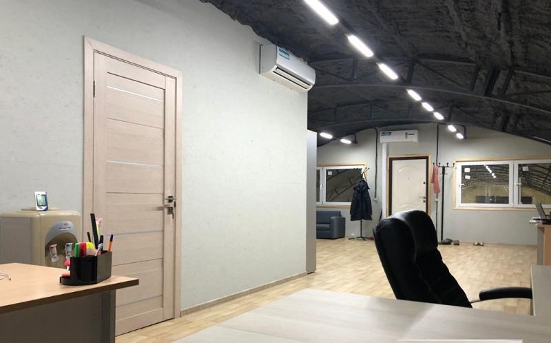 Аренда коммерческой недвижимости, 850м <sup>2</sup>, Ганусово