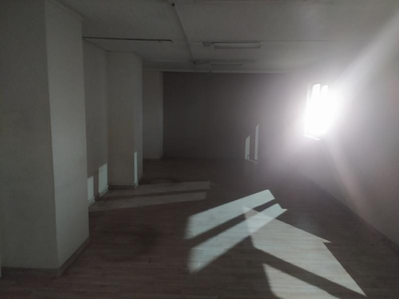 Аренда коммерческой недвижимости, 318м <sup>2</sup>, Москва, Адмирала Макарова ул.