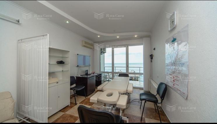 Продажа коммерческой недвижимости, 1700м <sup>2</sup>, Алушта